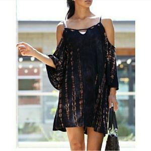 💥NEW!💥WONDERLAND💥TIEDYE OFF SHOULDER DRESS